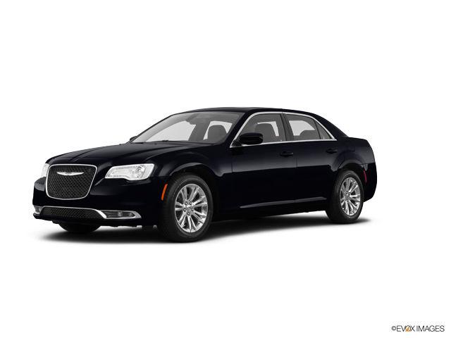 2018 Chrysler 300 Image